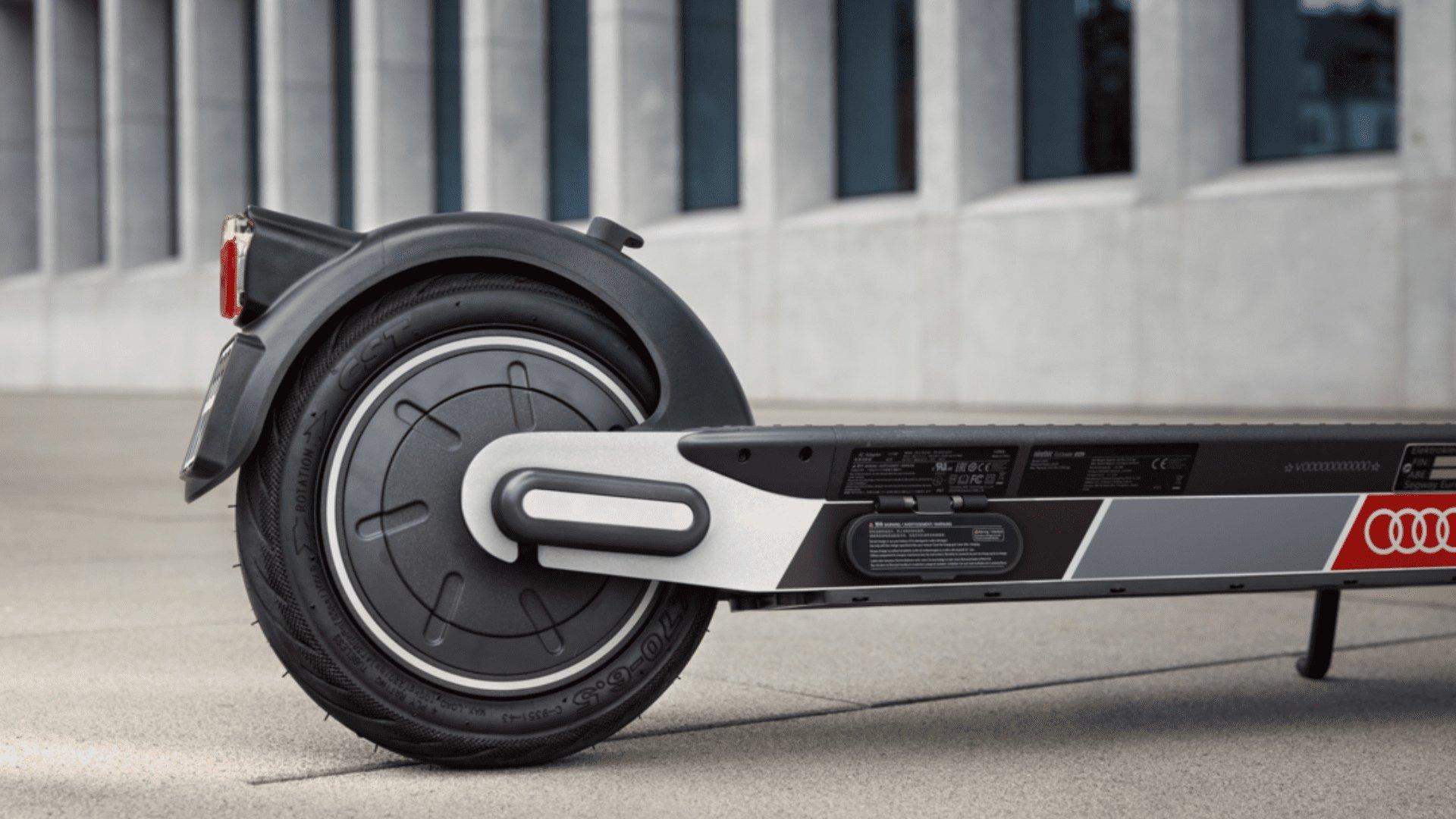 Audi scooter foto 2